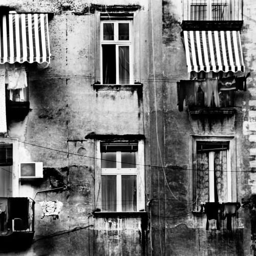 napoli pignasecca finestre